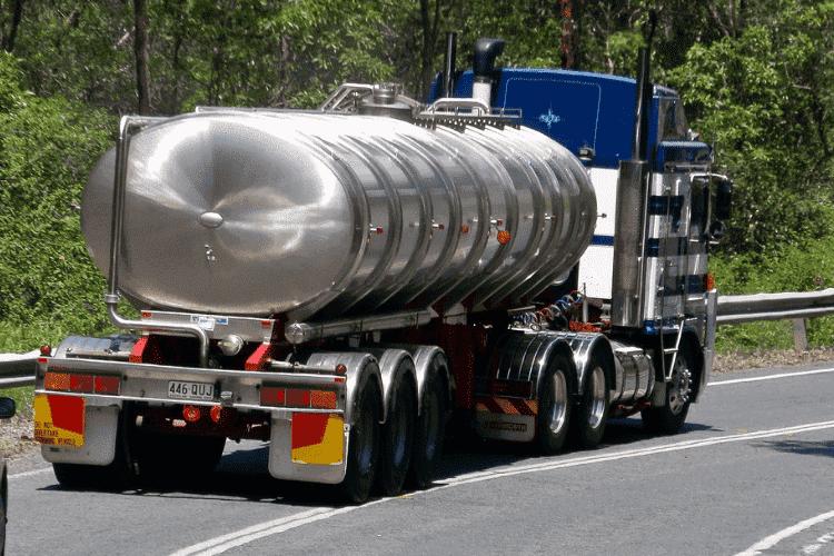 Isolation en polyuréthane de camions-citernes: sécurité et efficacité