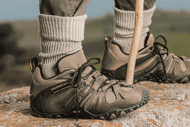 polyurethane-et-chaussures-de-sport-de-ville-et-de-travail