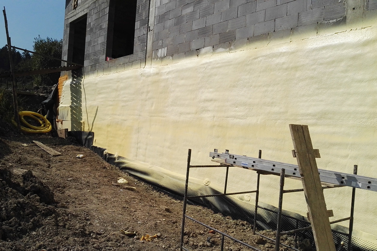 Advantages of polyurethane insulation in house walls